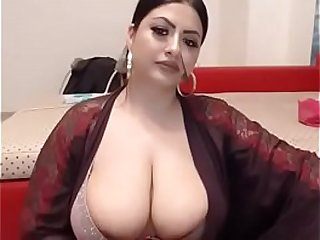 indian  desi bitch doing masturbation