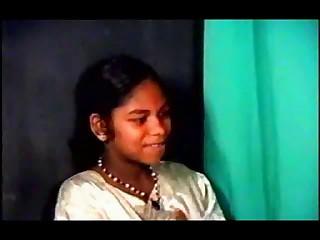 Indian College Student Slut Copulates 2 Boyz